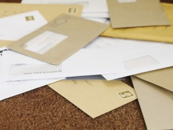 Oman Stops Postal Services To China.