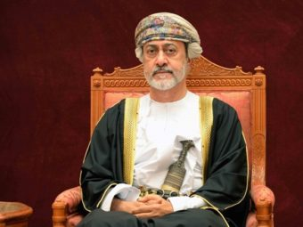 His Majesty the Sultan gives audience to Qatari Deputy Prime Minister on visit to Oman